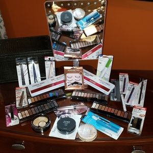 24 piece makeup bundle